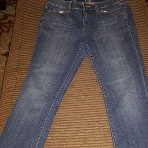 Loft modern  straight jeans....6P.....cuties